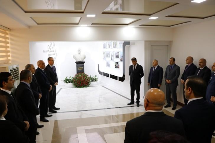 ETSN-in kollektivi Ulu Öndər Heydər Əliyevin xatirəsini yad edib