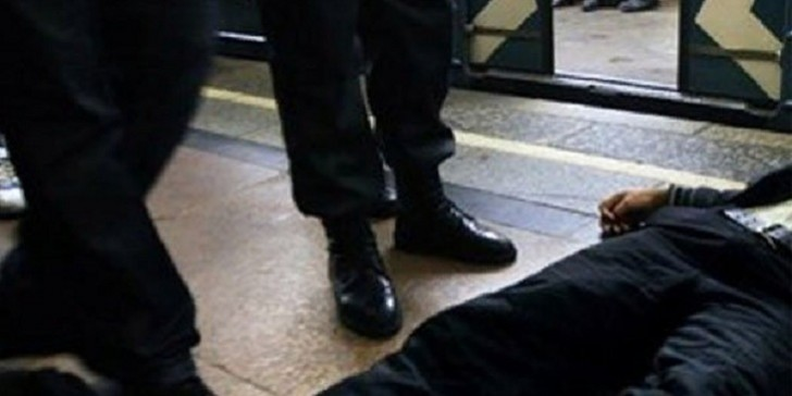 Bakı metrosunda sərnişin öldü