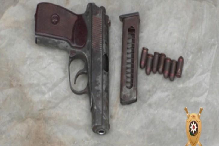 Nardaran sakinindən odlu silah-sursat aşkar edilərək götürülüb