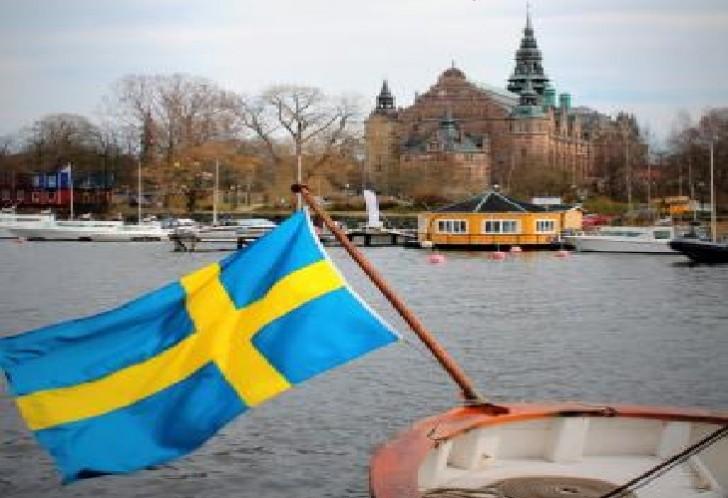 İsveç yüzlərlə FETÖ-çüyə sığınacaq verib