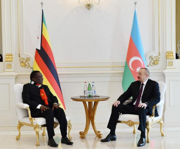 İlham Əliyev Zimbabve prezidenti ilə görüşüb-