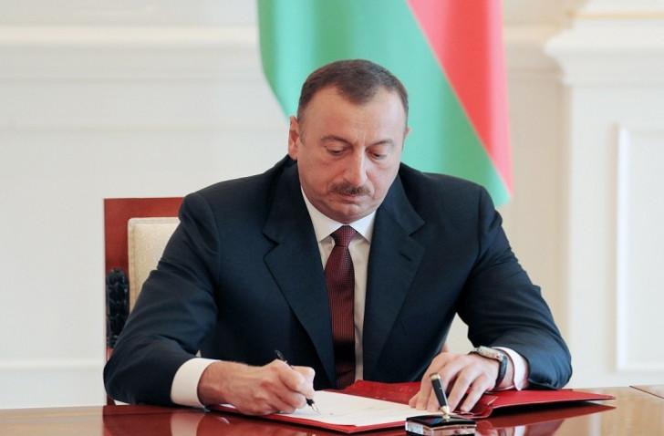 Prezident Ukraynada bir ailənin həyatını xilas edən Şirinov qardaşlarını təltif etdi