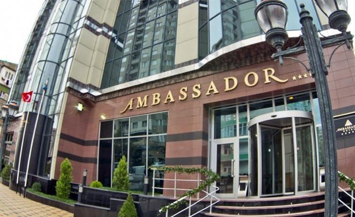 """""""Ambassador"""" otelin sahibinin oğlu azyaşlını zorlamaqda ittiham edilir"""