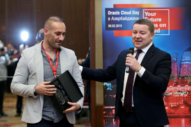 """Azercell nüfuzlu """"Oracle Innovation Award""""la təltif edilib"""