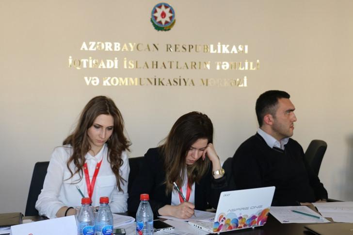 """""""Sahibkarlığın tədrisi və innovativ təlim üsulları"""" mövzusunda seminar keçirilib-"""
