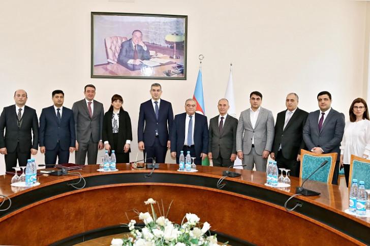 Dövlət İdarəçilik Akademiyası ilə Azərbaycan Respublikası Dövlət Miqrasiya Xidməti arasında Anlaşma Memorandumu imzalanıb