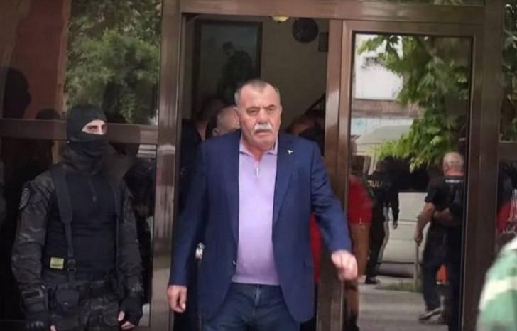 """Erməni general dövlətin 1 milyarddan çox pulunu """"yeyib"""""""