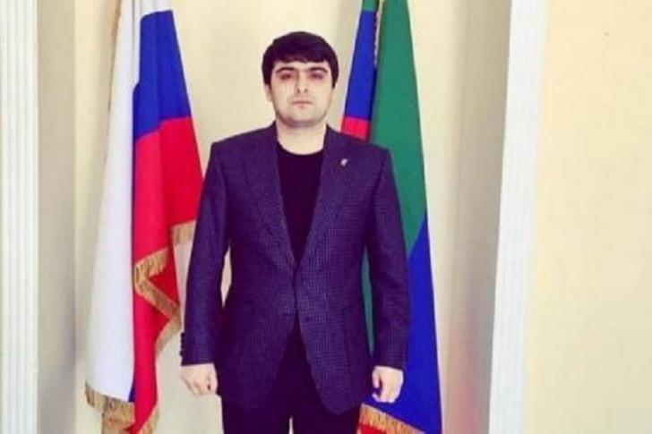 İlham Əliyevin imzasını saxtalaşdıran deputat köməkçisi saxlanılıb-