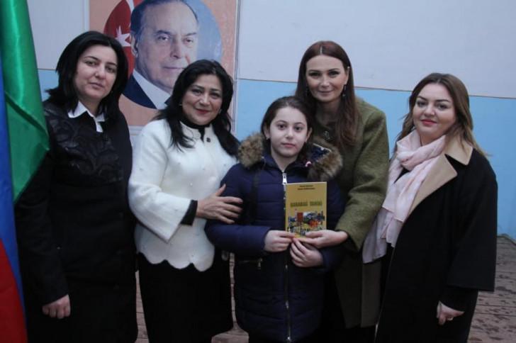 """Qənirə Paşayeva məktəblilər üçün """"Tariximizi öyrənək və təbliğ edək !"""" adlı tədbir keçirib-"""