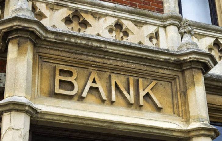 Problemli kreditlərlə bağlı bankların rəhbər şəxsləri təcili görüşə çağırılıb