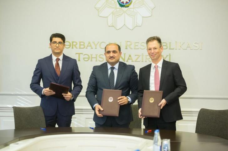 """Təhsil Nazirliyi, Bakcell və """"AzEduNet"""" arasında əməkdaşlıq protokolu imzalanıb"""