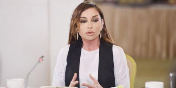 Mehriban Əliyeva Dariqa Nazarbayevanı təbrik edib