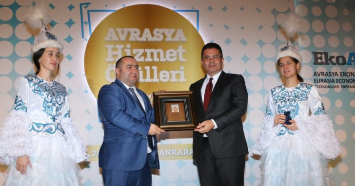"""""""Türk Dünyasına xidmətlərinə görə"""" mükafatlandırma-"""