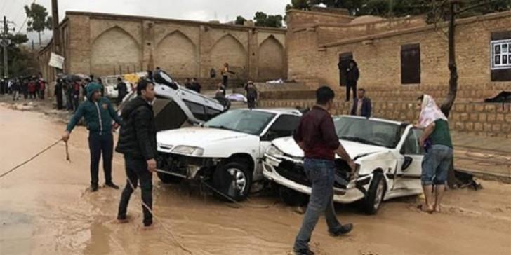 İranda sel qurbanlarının sayı artır