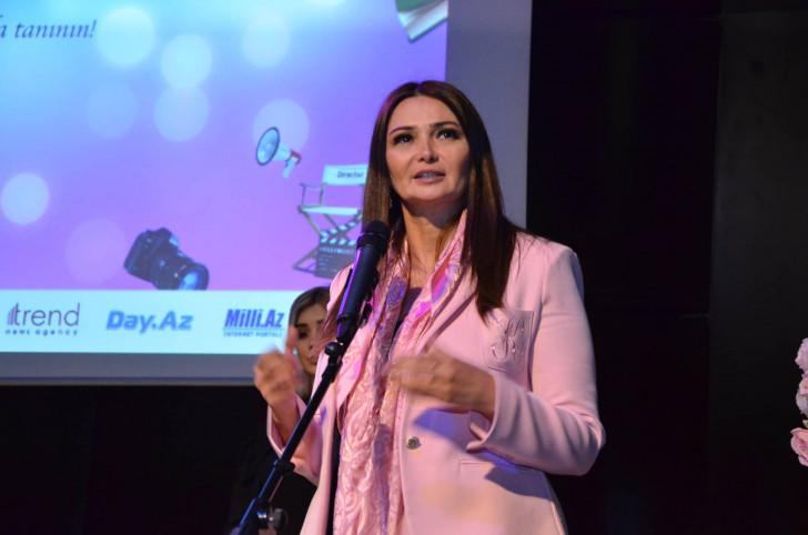 Qənirə Paşayeva IV Buktreyler Festivalında ictimaiyyətə çağırış edib-