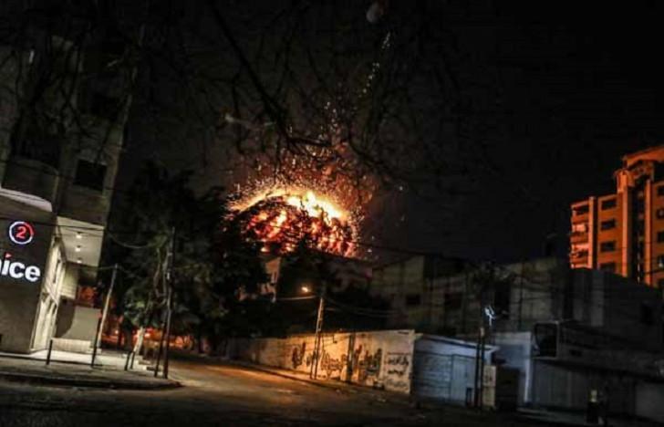 İsrail Anadolu Agentliyinin yerləşdiyi binanı vurdu-