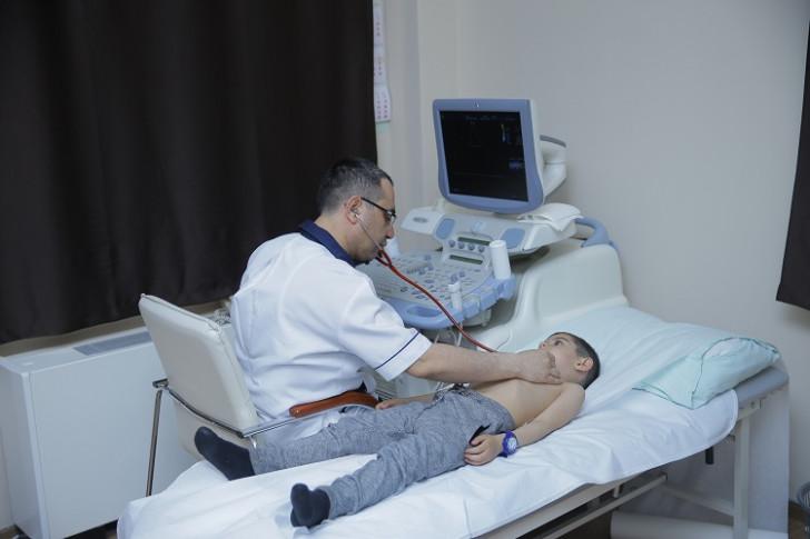 ATU-nun Tədris Terapevtik Klinikası uşaqlar üçün pulsuz kardioloji müayinə kampaniyası keçirir