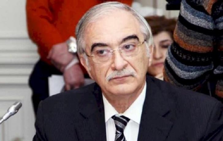 Polad Bülbüloğlu Fuad Abbasovla bağlı tapşırıq verdi