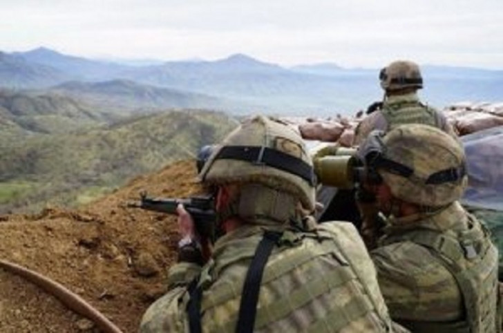 Türkiyə-İran sərhədində atışma