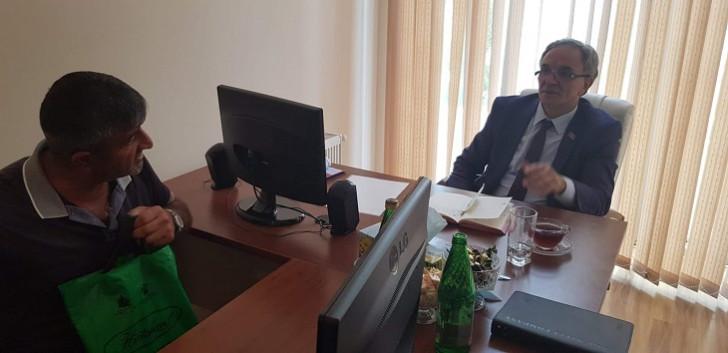 Deputat Əflatun Amaşov Saatlıda seçicilərlə görüşüb