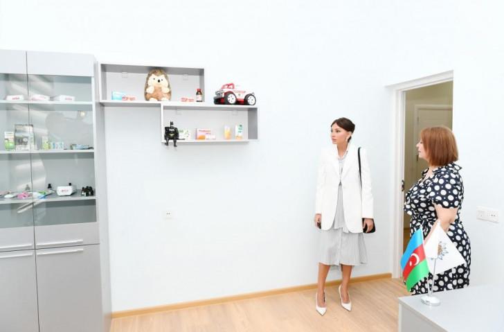 """Mehriban Əliyeva """"Ümid yeri"""" uşaq sığınacağının yeni binasının açılışında -"""