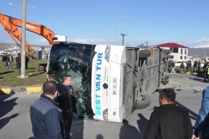 Türkiyədə azərbaycanlı turistlərin avtobusu aşdı: çox sayda yaralı var