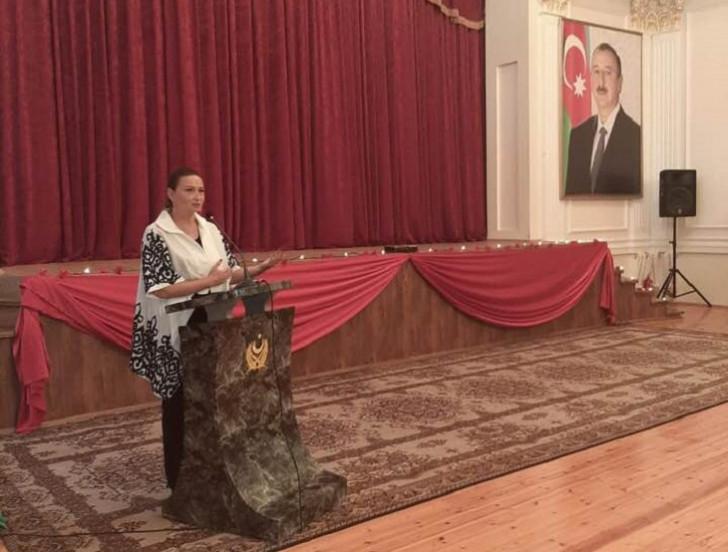 """Qənirə Paşayeva """"Təki Vətən yaşasın"""" adlı filmin təqdimatında çıxış edib -"""