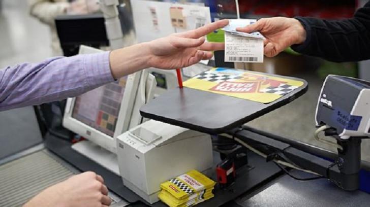 Kassa çeklərinin təqdim edilməməsi ciddi maliyyə sanksiyalarına səbəb ola bilər