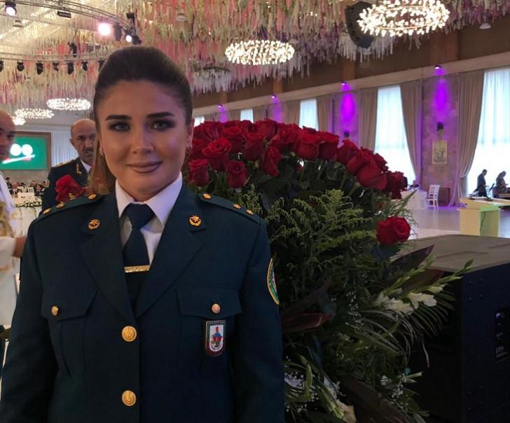 Elnarə medalla təltif olundu -