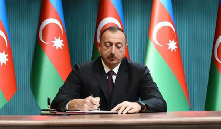 Prezident 1 fərman, 2 sərəncam imzaladı