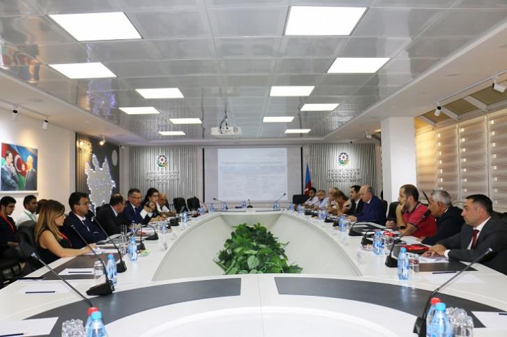 Biznes mühiti və beynəlxalq reytinqlər üzrə Komissiya yeni İcra və Kommunikasiya Planlarının icrasına start verir