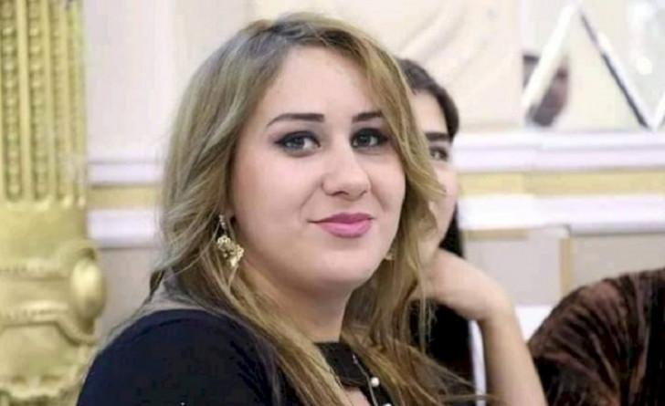 Azərbaycanda jurnalist özünü yanan binadan atdı