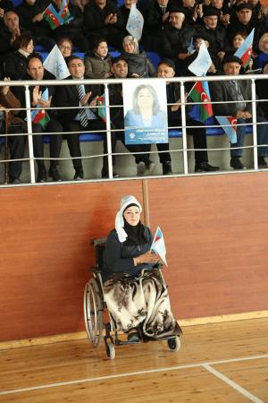 Hicran Hüseynovadan əlil qadına hörmətsizlik